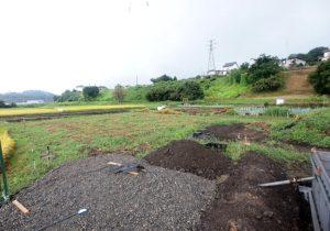 駅、小学校近く、100坪の土地で2世帯も楽々 辰野町宮木土地